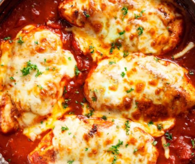 Easy Mozzarella Chicken Recipe (Low Carb Chicken Parm)
