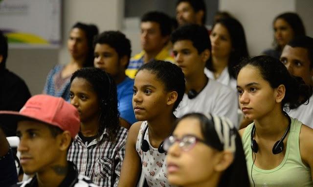 A Câmara Distrital aprova PL que institui o Estatuto da Juventude no DF