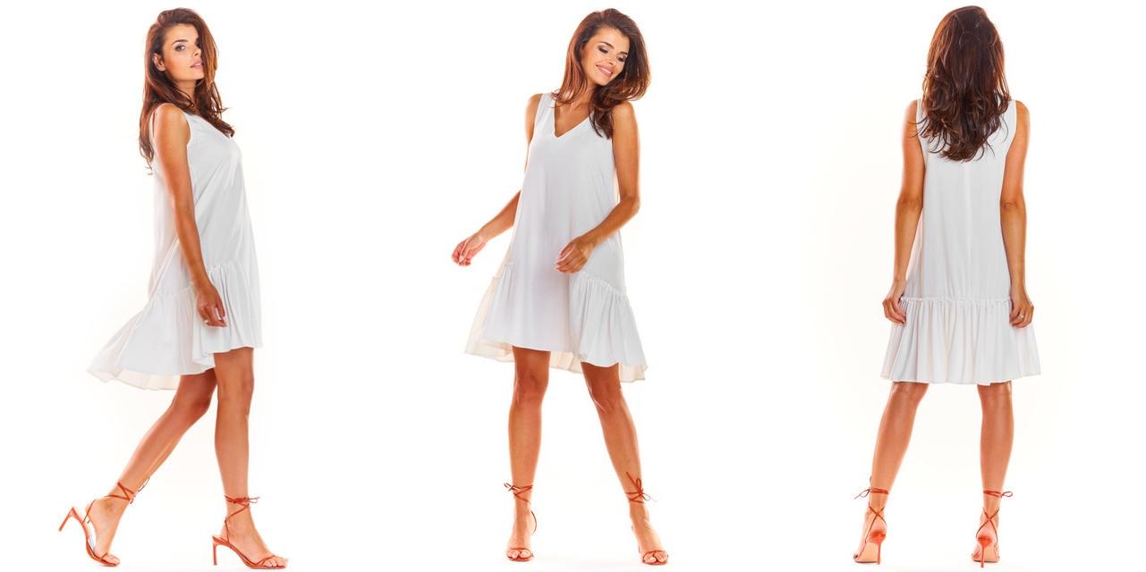 Stylowa sukienka z bocznymi falbanami