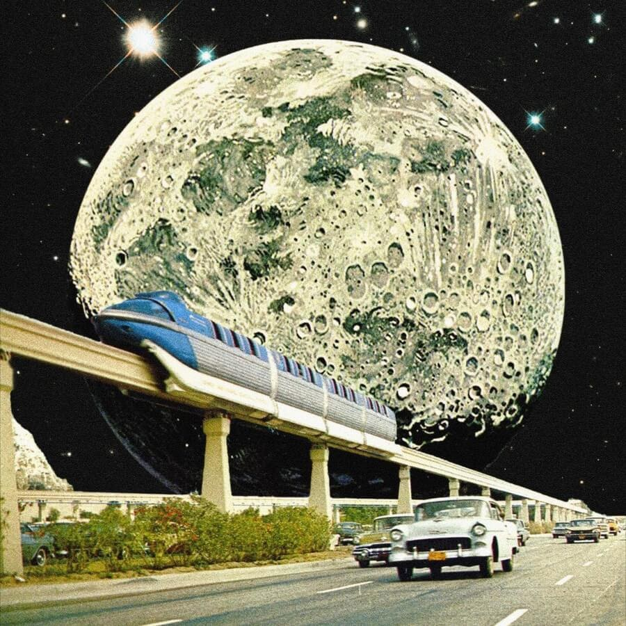 02-Moon-and-transport-Taudalpoi-www-designstack-co