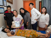 UNIQLO Sediakan Pakaian Bayi Baru Lahir