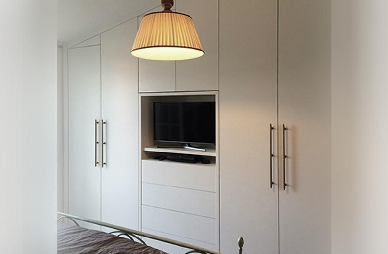 Arredamentincasa progettare un armadio su misura for Progettare mobili