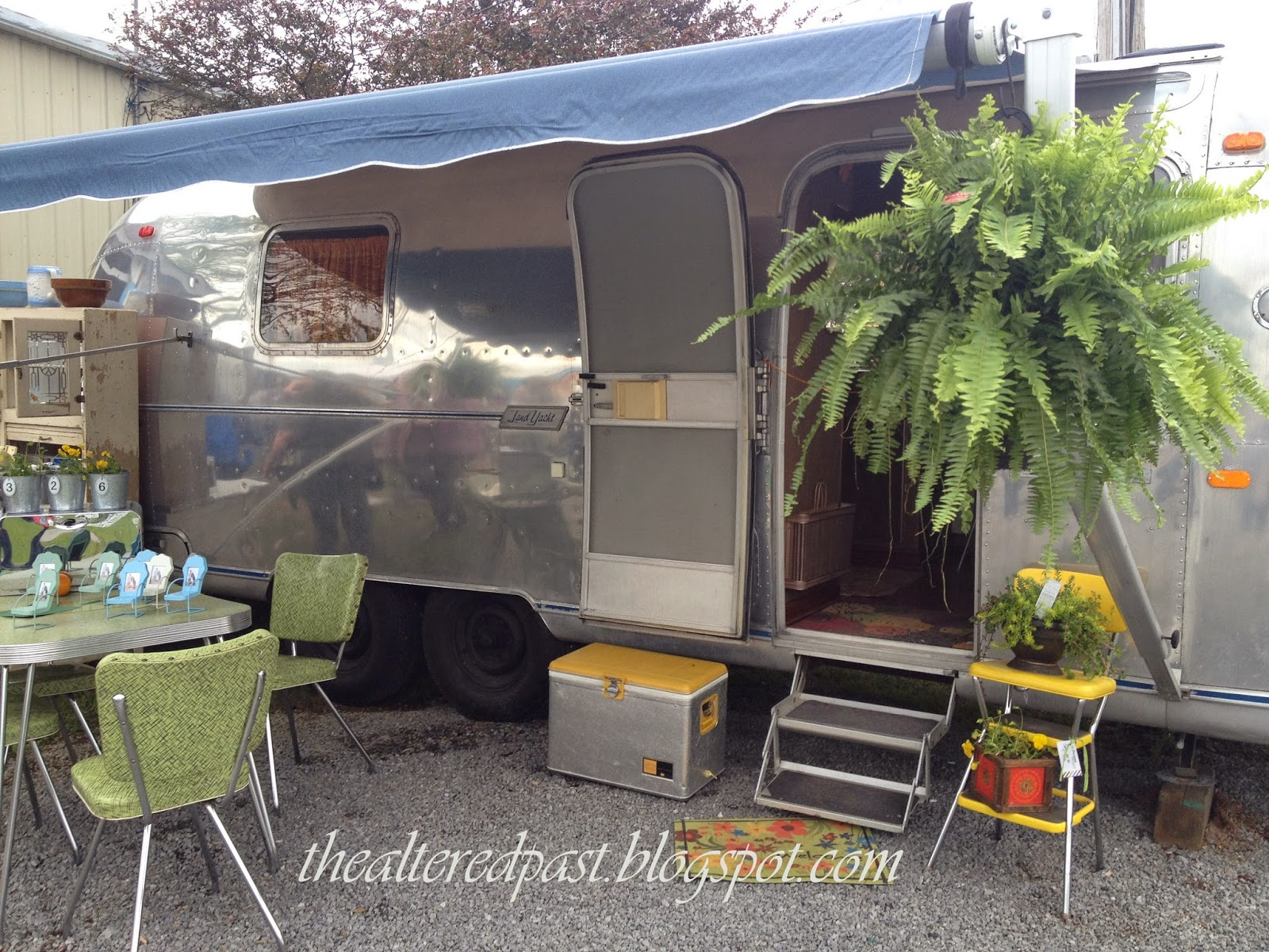 country living fair nashville vendor booths vintage airstream