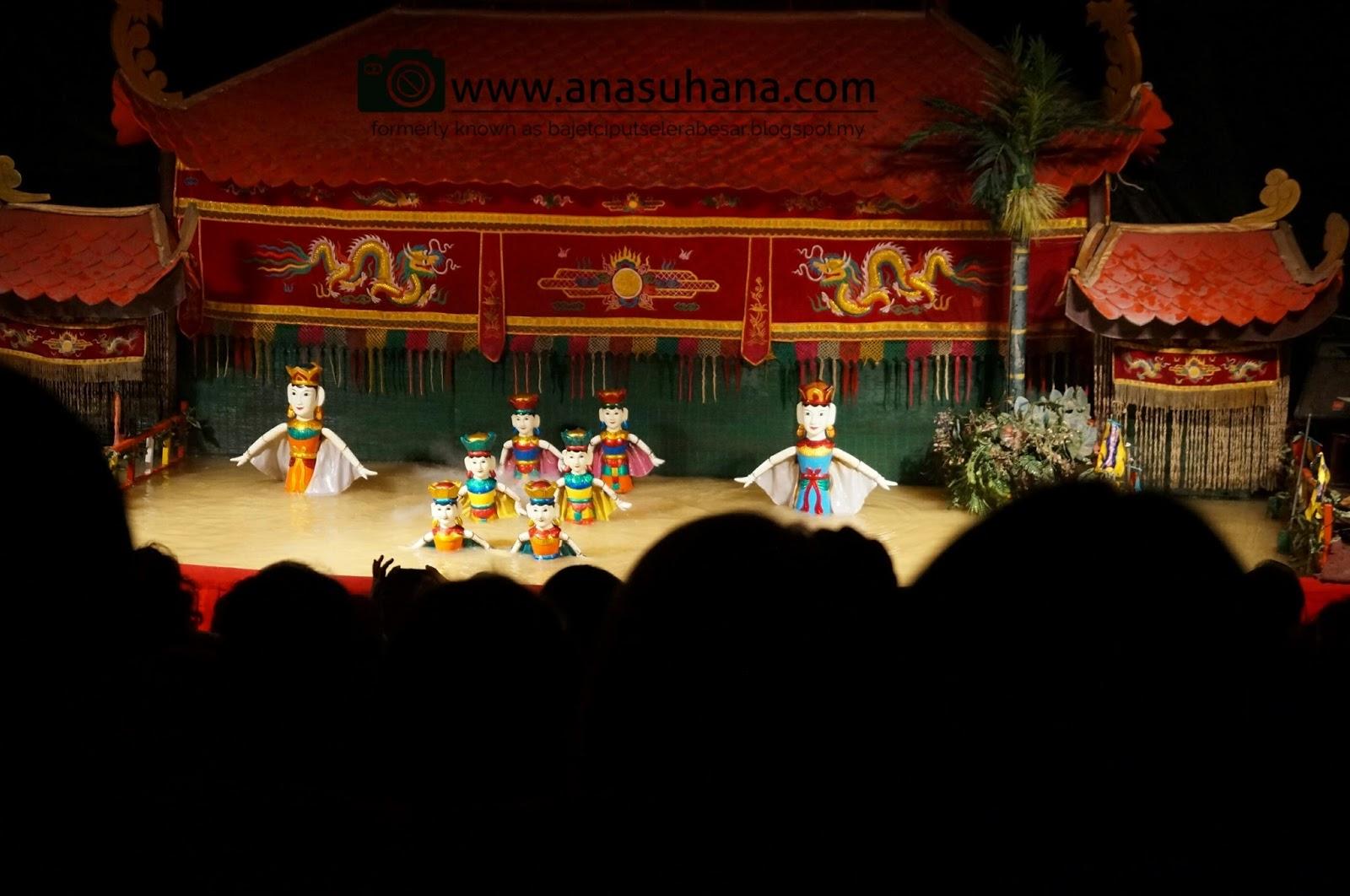 Tempat Menarik di Vietnam : Menyaksikan The Golden Dragon Water Puppet Theatre dan Menaiki Cruise Malam di Sungai Saigon