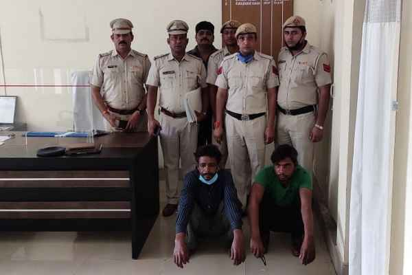 faridabad-police-arrested-murder-2-accused-thana-sector-17