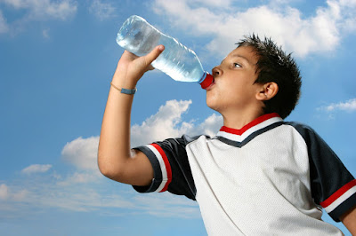Water Outperforms Sports Drinks for Young Athletes - El Paso Chiropractor