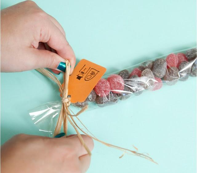 misafirlik için şekerleme hazırlamak