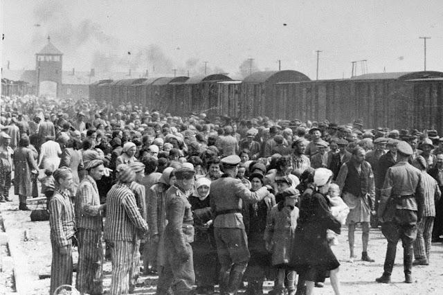 Judíos en el campo de Auschwitz-Birkenau, en Polonia.Museo de Memoria del Holocausto/Yad Vashem.