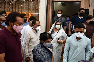 स्वर्गीय श्री घनश्याम दास मसानी जी की अंत्येष्टि में शामिल हुए मुख्यमंत्री श्री चौहान