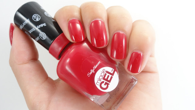 Sally Hansen - Off With Her Red!
