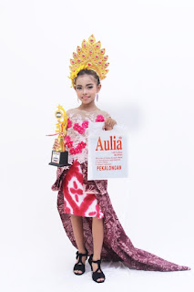 juara fashion show anak pekalongan
