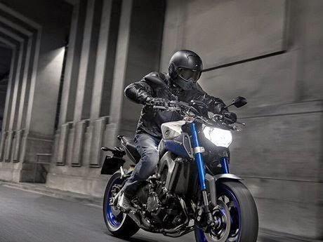 Yamaha MT – 09 di IMOS 2014
