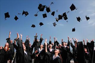 كيفية الحصول علي منحة دراسية مجانية  بعد الثانوية 2021
