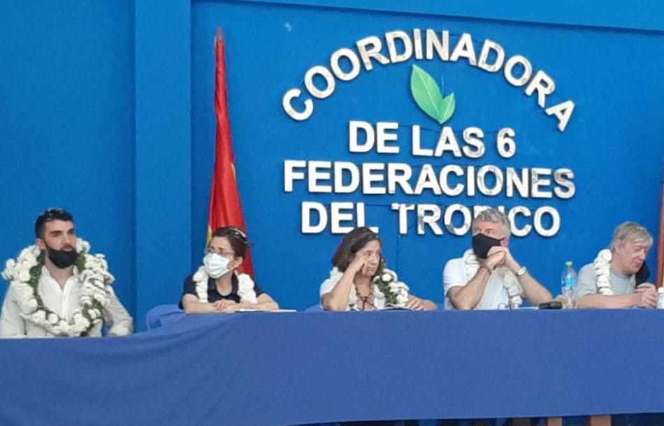 Grupo de la CIDH en la región cocalera de Lauca Ñ, escuchando las versiones de los hechos de Huayllani y Sacaba / BTV