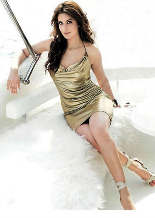 Stunning Photos: 5 Hottest Bollywood Females With HOT Legs