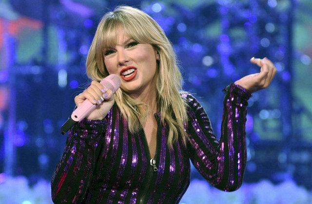Taylor Swift, Whitney Houston-un rekordunu qırdı