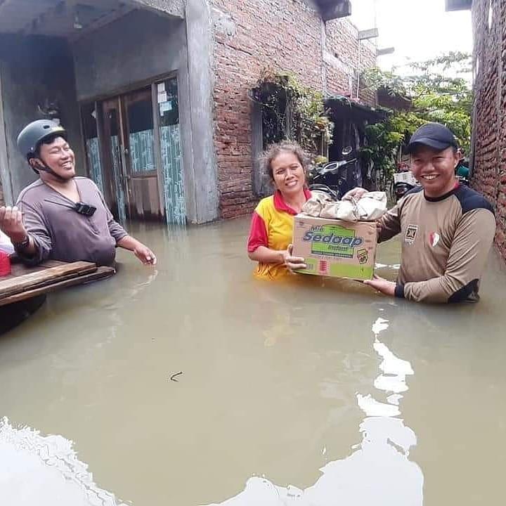 Ganjar Sebut Banjir Semarang  Masalah Administratif