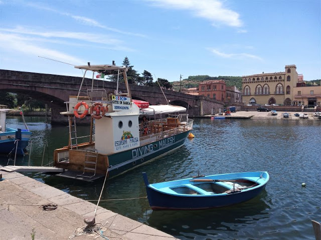 ponte vecchio escursioni barca Bosa