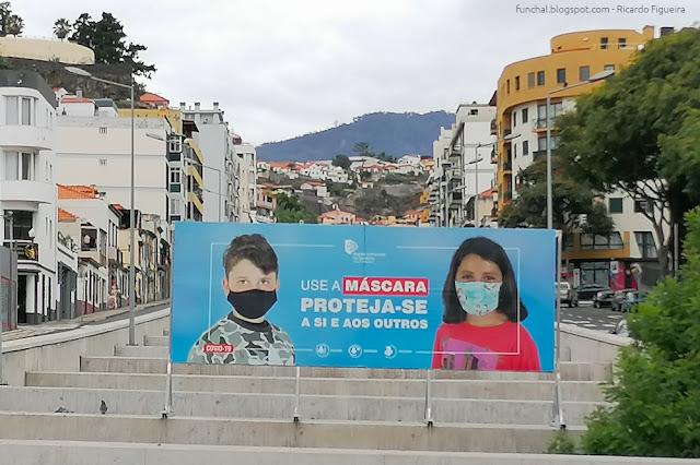 CARTAZ USO DA MÁSCARA - FUNCHAL
