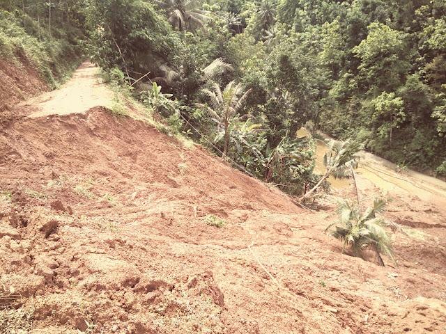 bencana-tanah-longsor-rusak-jalan-akses-ke-sekolah-dasar