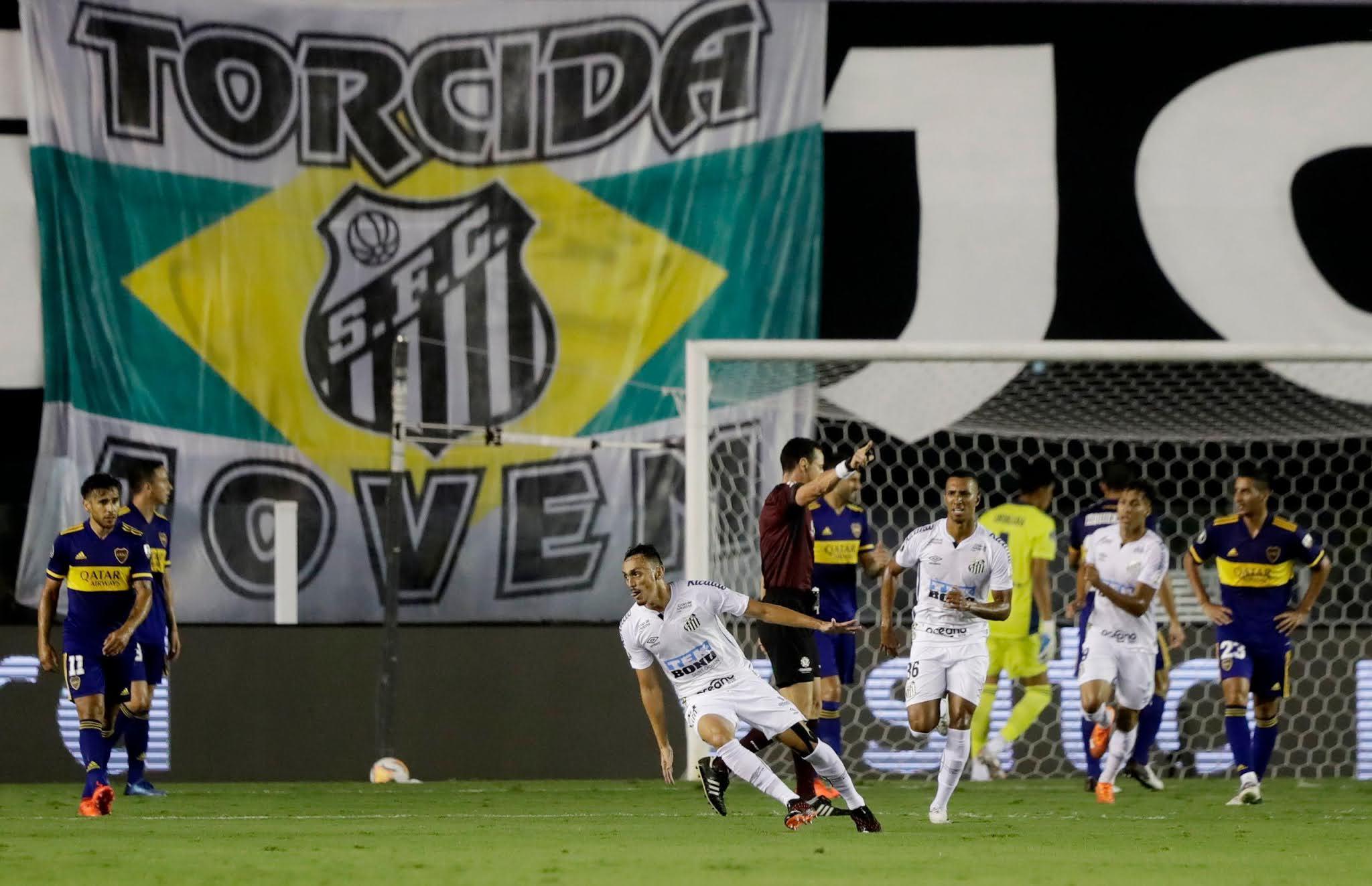 سانتوس البرازيلي يفوز على بوكا جونيورز