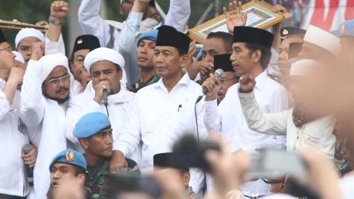 Singgung Rizieq Shihab, PDIP: Pak Jokowi Diutus Allah Selamatkan Indonesia