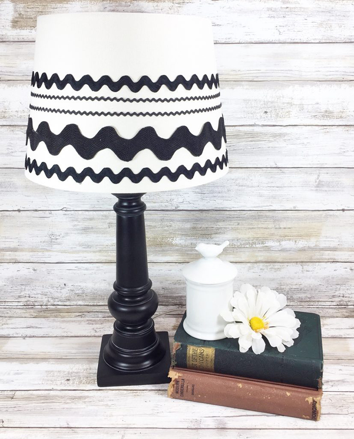 Upcycled Farmhouse Chic Lamp - Creatively Beth