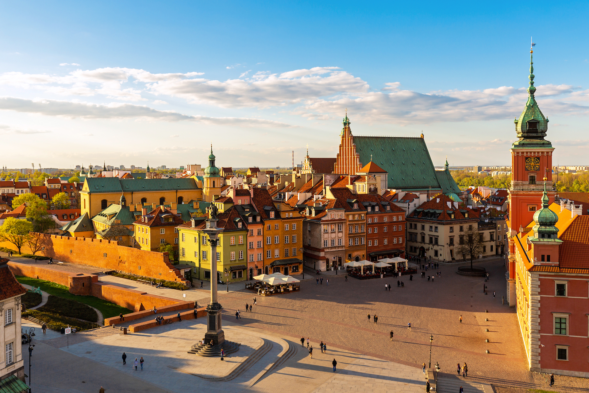 Flydubai to offer daily flights to Warsaw from September 2021