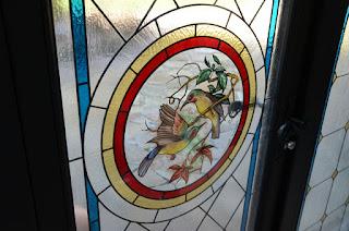 Окна из дерева с витражом Тиффани
