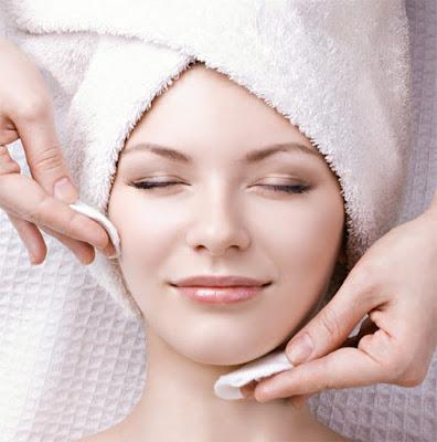 Como cuidar da pele em casa durante a quarentena
