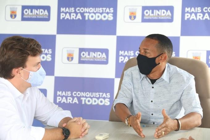 PREFEITO DE OLINDA, PROFESSOR LUPÉRCIO, RECEBE PREFEITO DE PETROLINA, MIGUEL COELHO