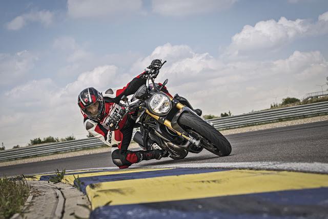 Ducati-Monster-1200-S-1
