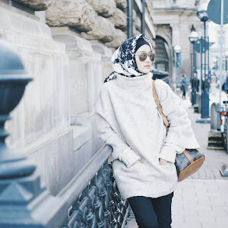 Model Hijab