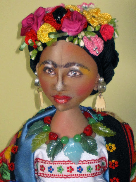 Zia Joey' Art Dolls Frida Kahlo
