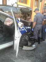 Bêbado bate em viatura da GCM de Limeira no Centro