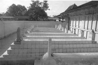Makam Raden Patah dan Keluarga