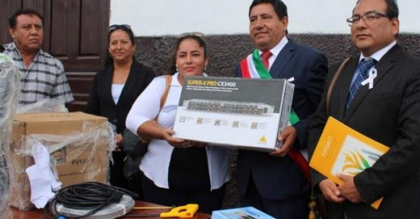 FONDEP: Escuelas de Amazonas recibieron bienes para desarrollar sus proyectos de innovación - www.fondep.gob.pe