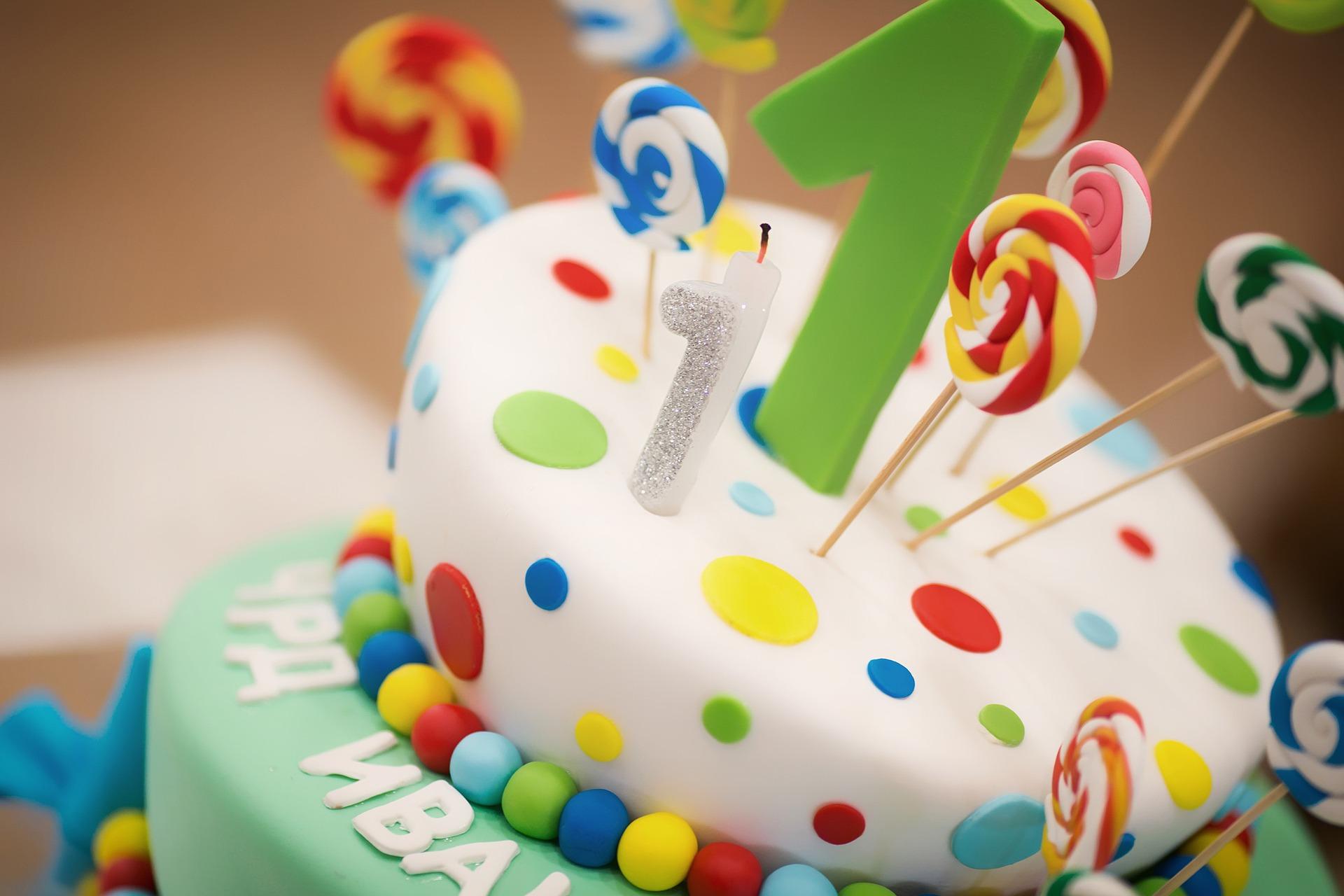 5 pomysłów na prezent na roczek