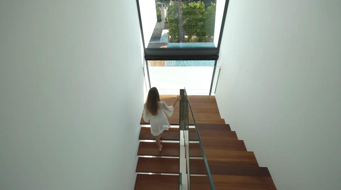 35 Interior Design Photos vs. Moraira, Spain Contemporary Architectural Villa Tour