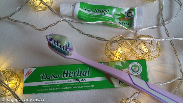 ziołowa pasta do zębów