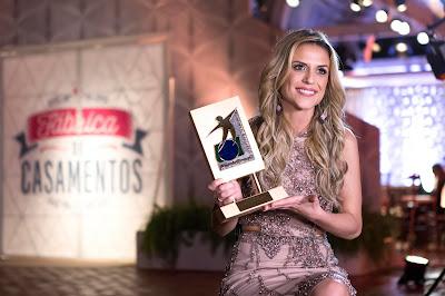 Beca fala sobre troféu que recebeu - Crédito: Victor Silva/SBT