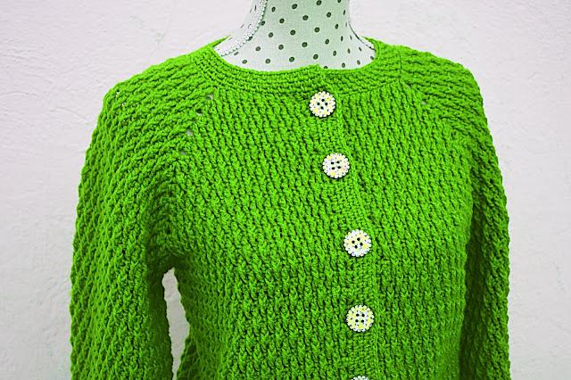 5 - Crochet imagen Chaqueta roja de mujer a crochet y ganchillo por Majovel Crochet