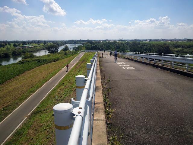 荒川自転車道 上江橋