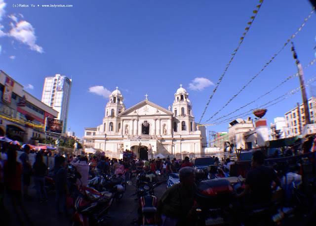 My new (sort of) Nikkor 50mm f/1.4 lens and snapshots of Plaza Miranda in Quiapo