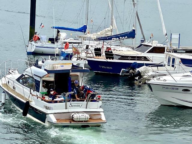 PHOTO - Embarcación Fondeada: Otra gran actuación de Jose Gayoso y del club O Capote