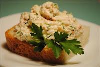 Рыбная начинка для блинов, пирогов, закусок и других блюд. Идеи и рецепты,Икра мойвы с яйцами и зеленью, Паста бутербродная из крабовых палочек, Паста бутербродная с сардинами, Паста для бутербродов из тунца, Паста из шпрот и брынзы, Паста из рыбных консервов, Паштет из копченой скумбрии, Салат-паштет из тунца, Селедочная бутербродная паста, Селедочная паста с морковью и плавленным сыром, Сельдь с укропом и яйцами, Семга со сливочным сыром, Семга х/к сливочным сыром, Форель со сметаной и укропом, Шпинатно-лососевая начинка, идеи и рецепты начинок, начинки для блинов, начинки для пирогов, начинки для бутербродов, начинки для закусок, как приготовить вкусную начинку для закусок рецепт, как приготовить вкусную начинку для блинов рецепт, как приготовить вкусную начинку для пирогов рецепт, идеи начинок,http://eda.parafraz.space/ Рыбная начинка для блинов, пирогов, закусок и других блюд. Идеи и рецепты