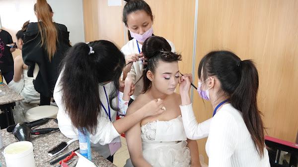 比技藝也比美麗 全國高中職新娘秘書造型設計競賽