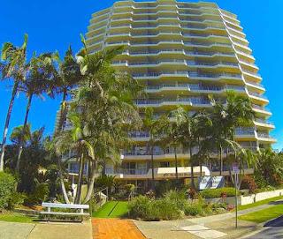 Surfers Beachside Hotel