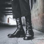 Walker 801 Zip Boots in Black
