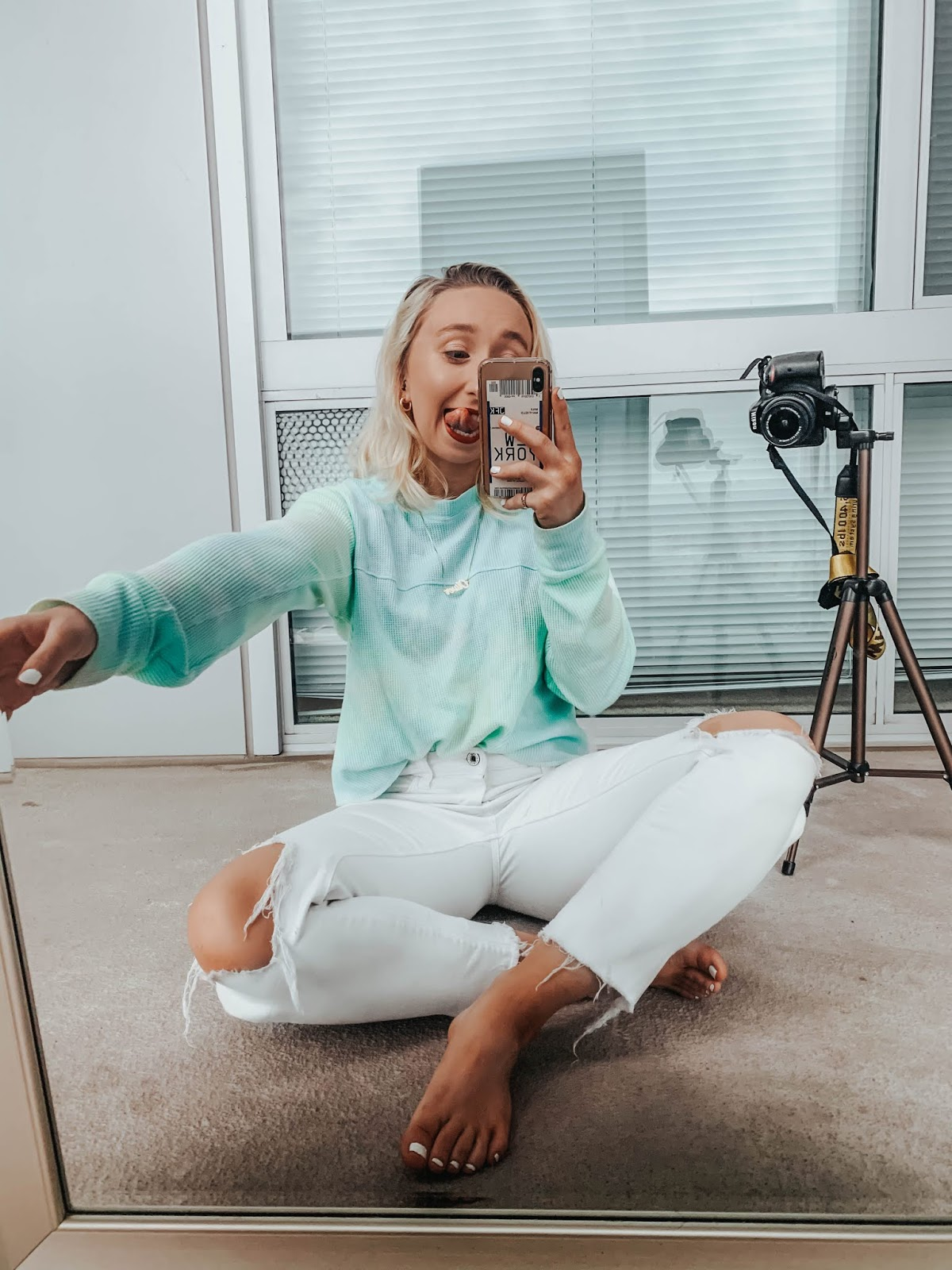 Testing Viral Tik Tok Photo Shoots: The Mirror Challenge